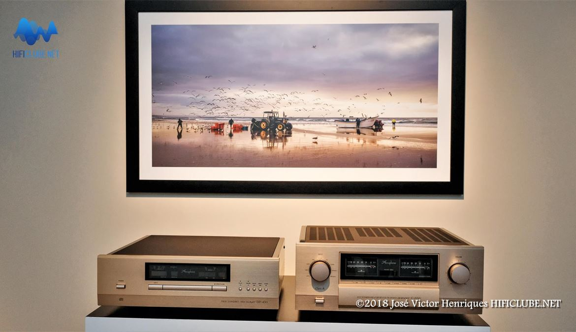 Accuphase CD DP430 e Stereo Integrated E-650.jpg