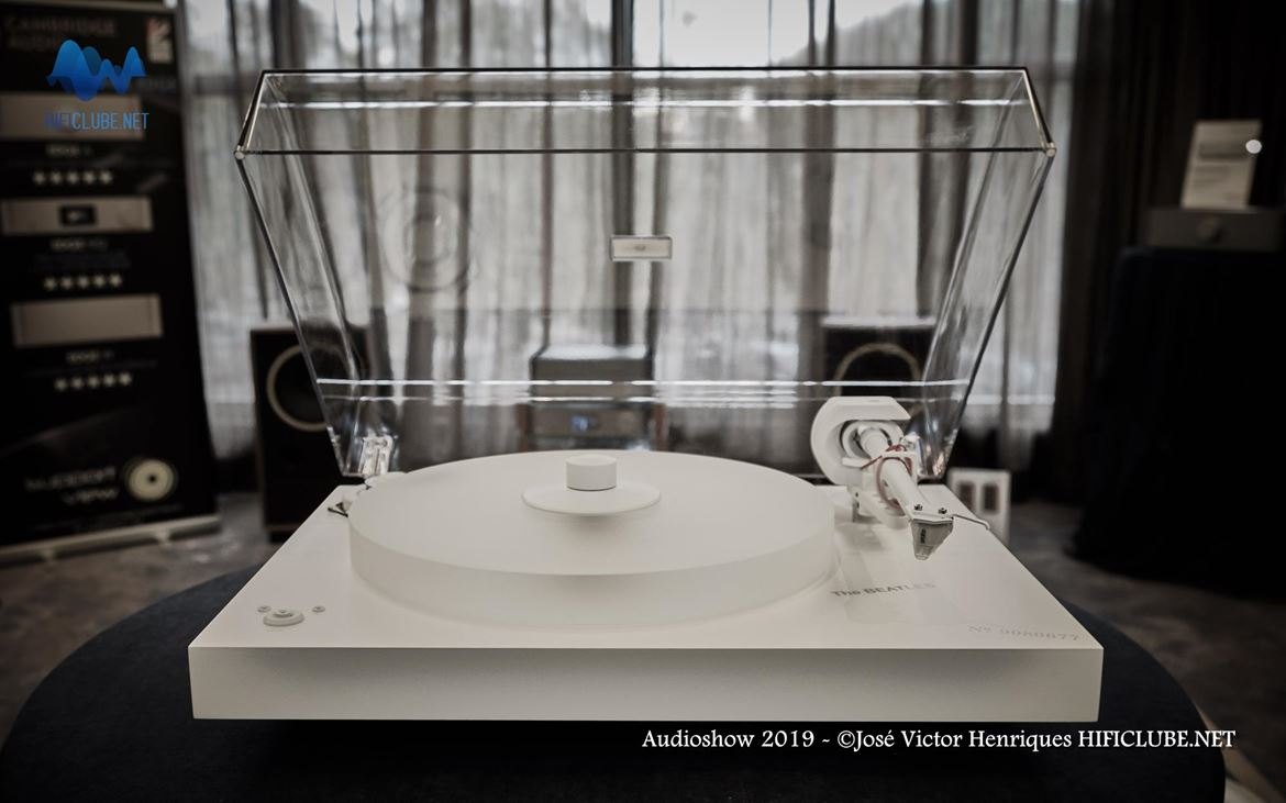 Audioshow 2019 - Pro-Ject - The Beatles White Album.jpg