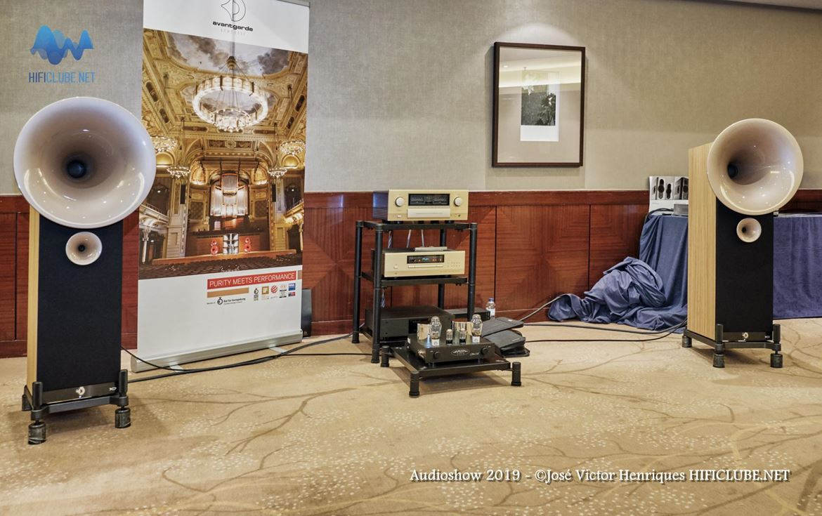 Audioshow 2019 _Ultimate Audio - Accuphase Avantgarde Uno.jpg