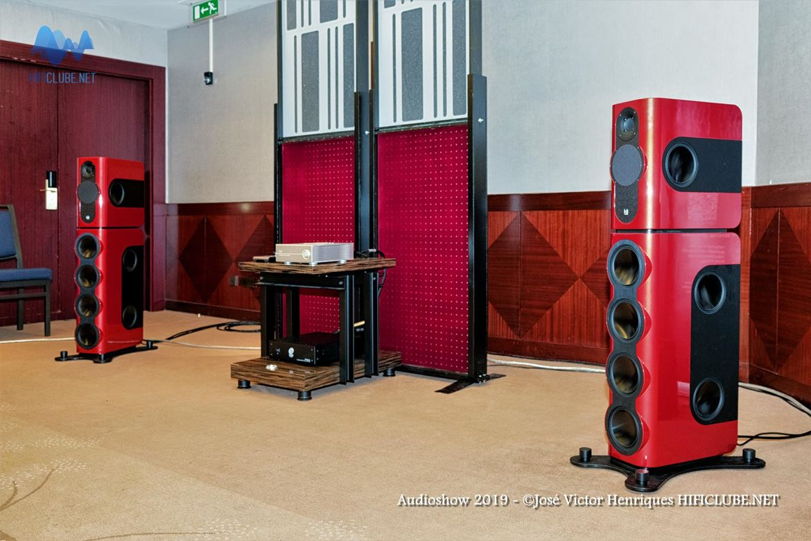Audioshow 2019 _Ultimate Audio - Kii Three - Antipodes CS.jpg