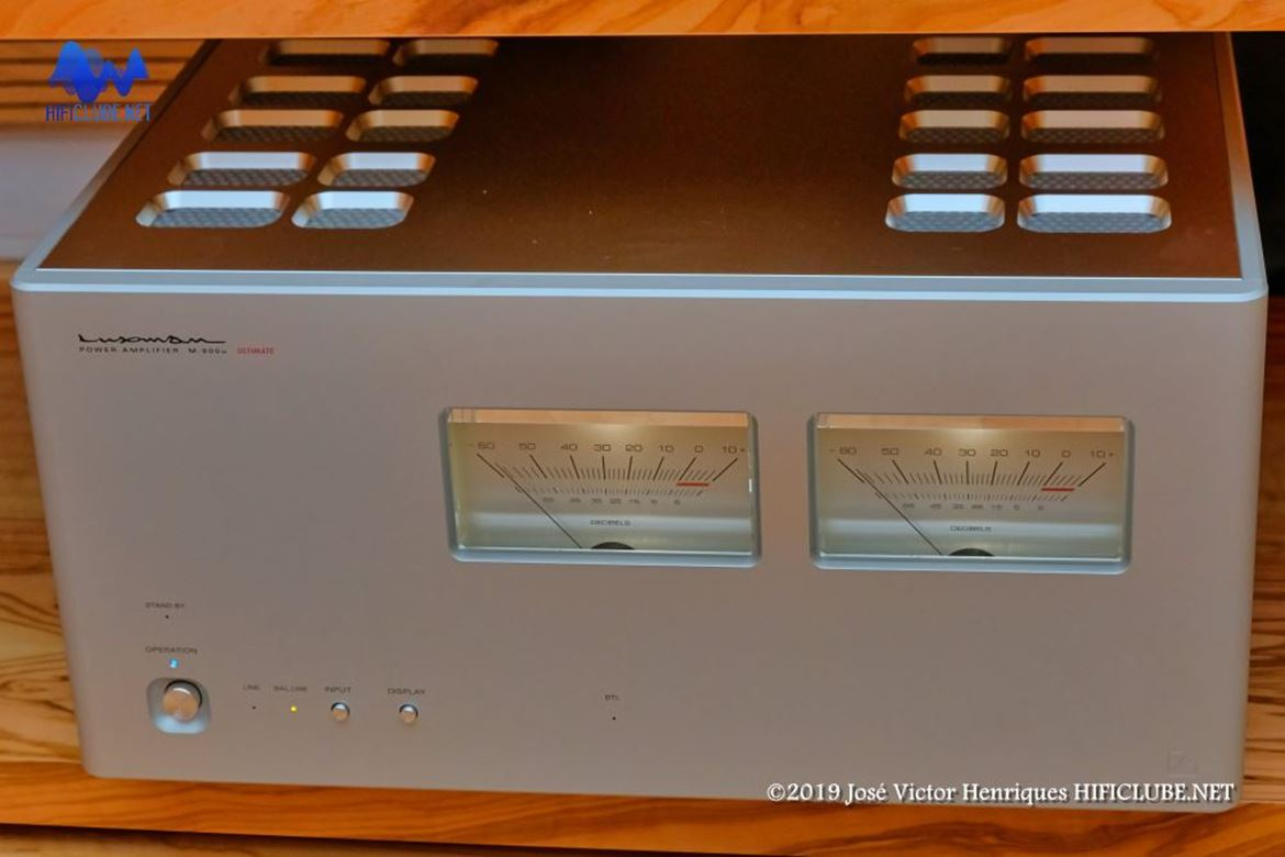 Luxman M900u Ultimate.jpg