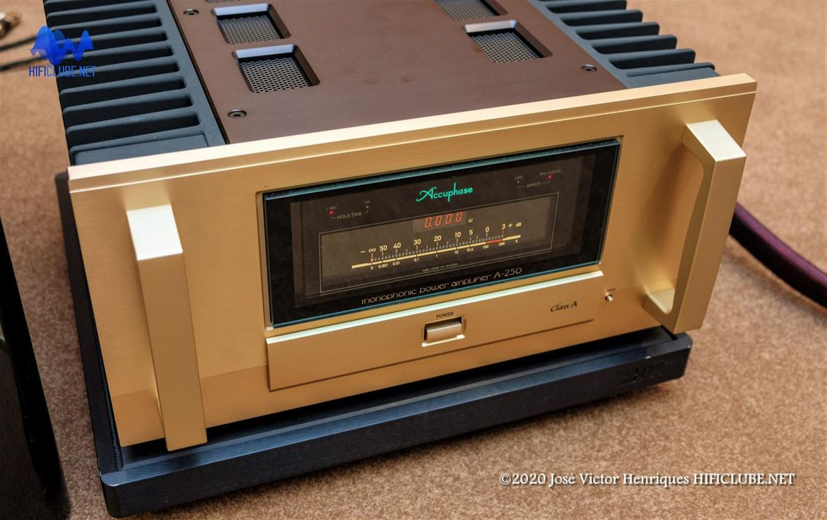 Accuphase A150 monophonic amplifier