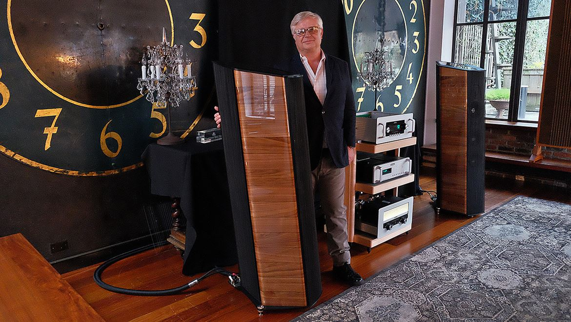 Ricardo Franassovici, my brother-in-arms, happy with the new Il Cremonese by Sonus Faber