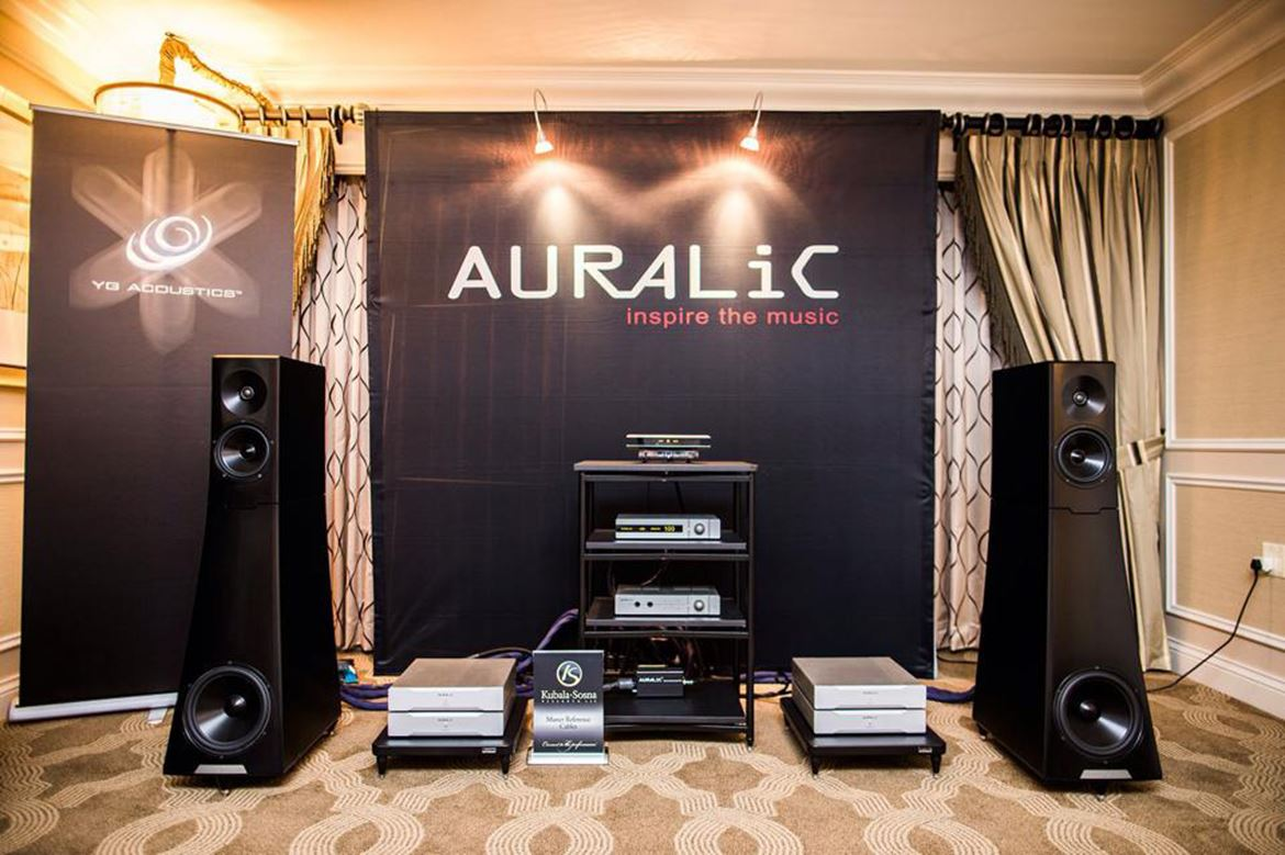 Auralic e YG Acoustics (foto cortesia Ultimate Audio Elite)