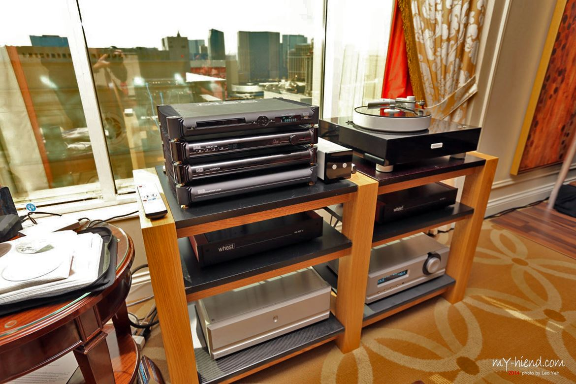 MSB Technologies: Signature/Diamond IV Transport/DAC. Can it beat analogue? Some say it can...