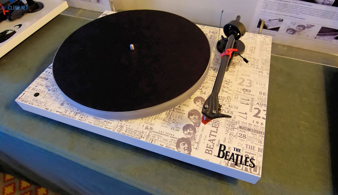 Pro-Ject 'The Beatles 1964 Record Player'