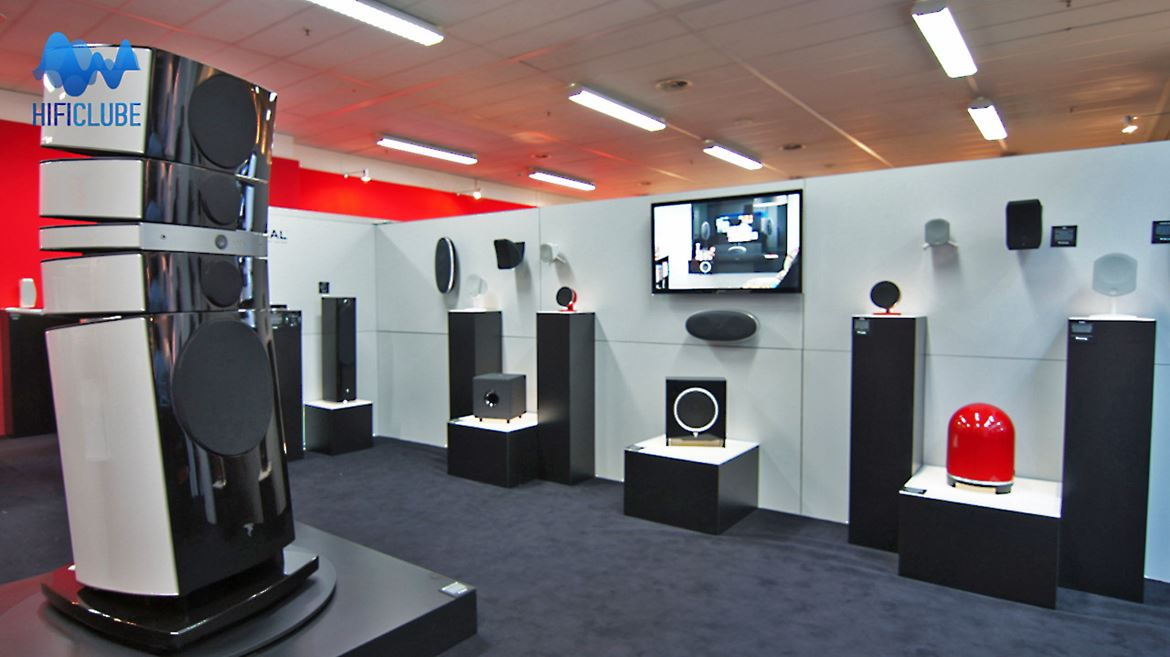 Highend 2013: showroom da Focal