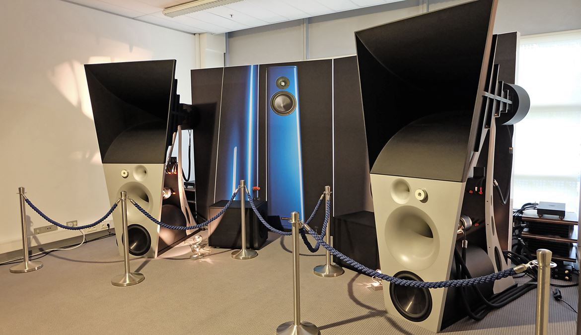 The huge tri horn Magico Ultimate III loudspeaker system that costs as much as 600 grand!