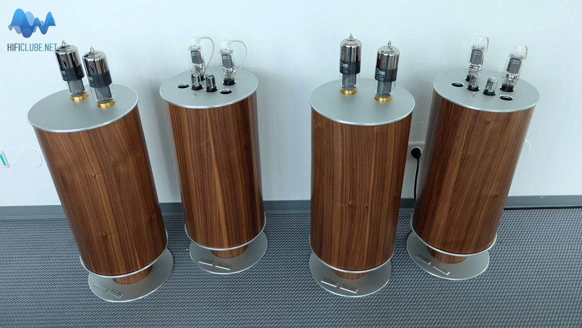 Thomas Mayer SE 211 tube amps. Yes, they really exist, unless I had a bad dream