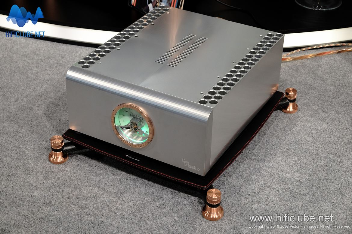 The Mighty D'Agostino Progression amplifier