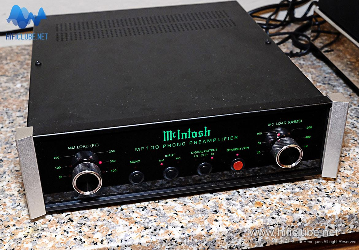 WOM 2016 - McIntosh MP100 phono preamplifier