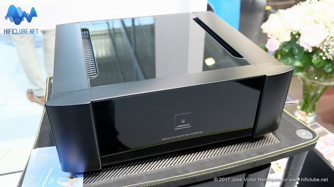 Highend2017_amplificadores e outros_Meridian Reference Two channel power amplifier 857.jpg