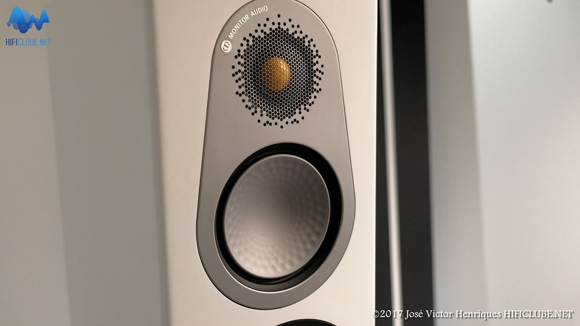 Monitor Audio Silver, detail of the tweeter mesh grille
